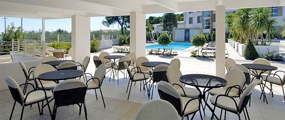 http://www.pugliaetmores.it/Images/Locandine/Articoli/Bari21NPLocand1.jpg