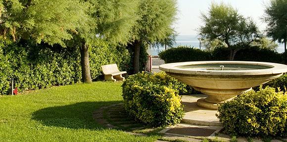 http://www.pugliaetmores.it/Images/Locandine/Articoli/Bisceglie1NPLocand1.jpg