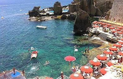 http://www.pugliaetmores.it/Images/Locandine/Articoli/Otranto9NPLocand2.jpg