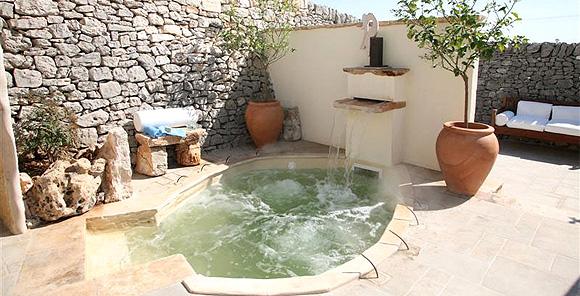 http://www.pugliaetmores.it/Images/Locandine/Articoli/Taranto1NPLocand1.jpg