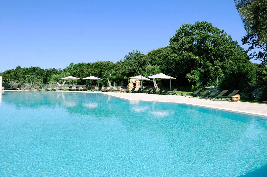 Masserie in puglia albergo valle d 39 itria hote 4 stelle for Piscina 3 re