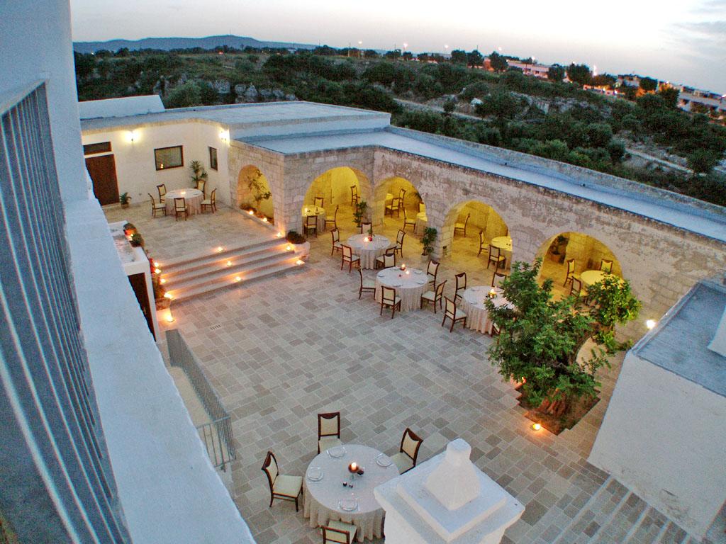 Masseria 5 stelle in puglia resort hotel con piscina - Masseria in puglia con piscina ...