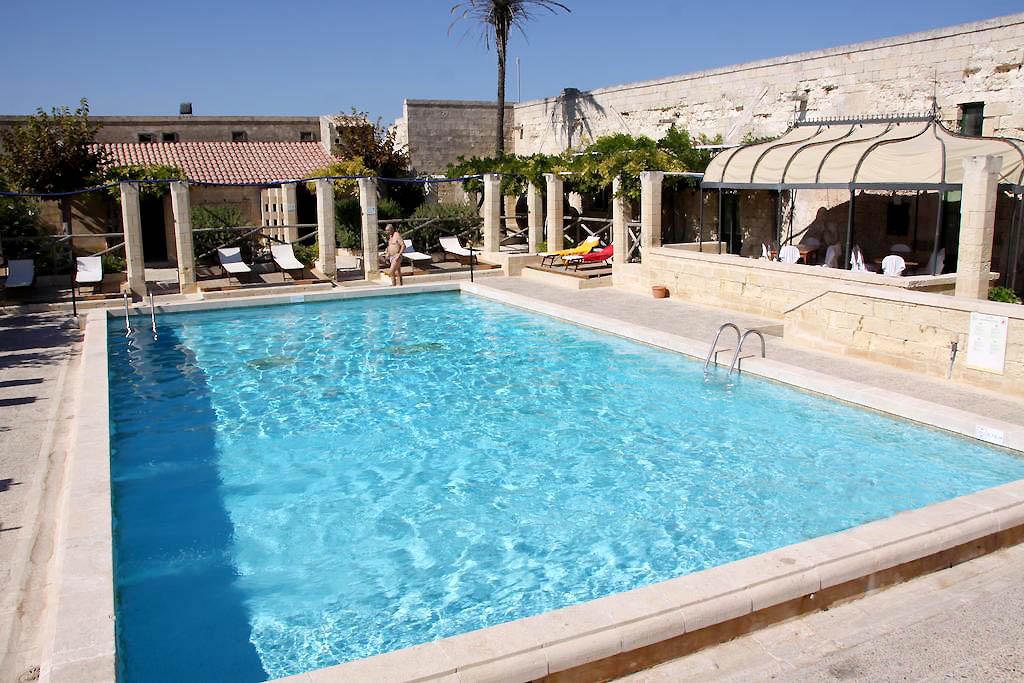 Hotel sul mare in puglia resort in salento villaggio for Salento style re
