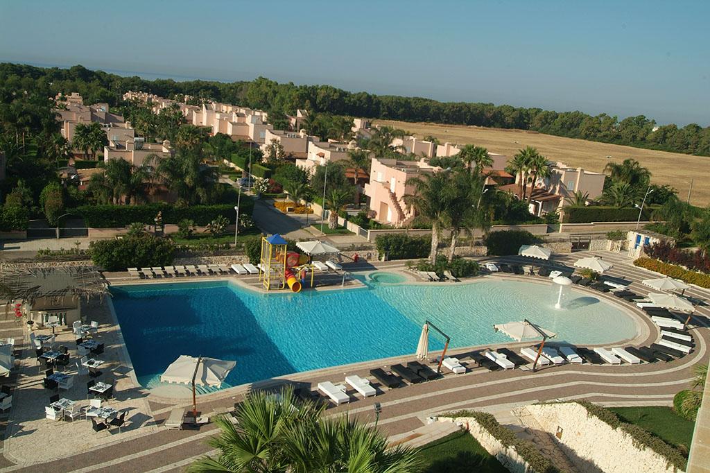 Vacanze in puglia hotel 4 stelle in puglia centro benessere - Piscina mediterraneo taranto ...