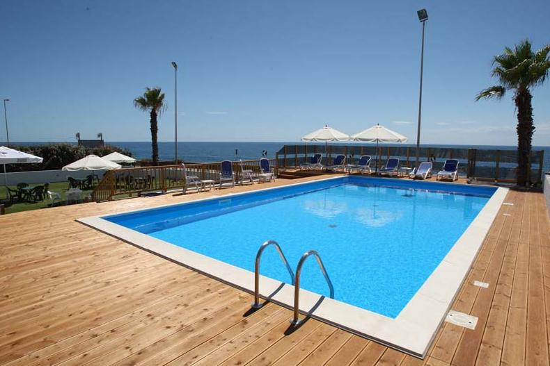 Vacanze salento hotel 4 stelle in puglia ristorante in for Piscina 3 re
